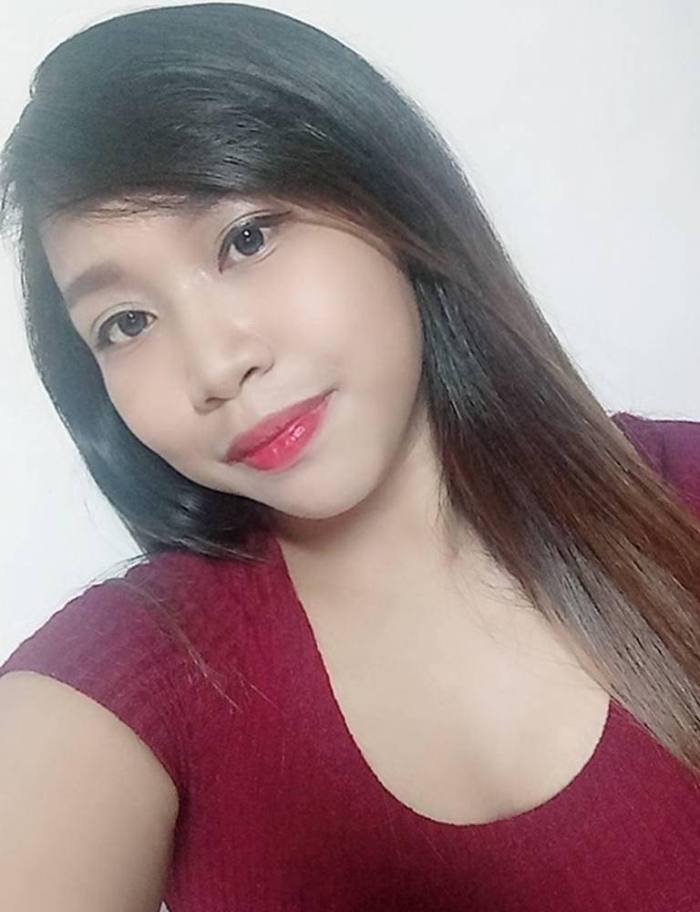 Amber | Filipina Therapist | Tantric Massage