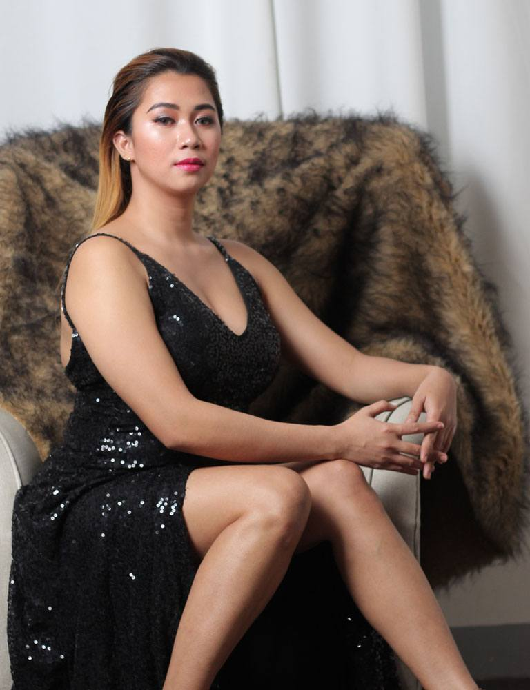 Vhonna | Filipina Masseuse | Pleasure Massage